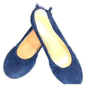 Like new Audrey Brooke leather navy ballet flats